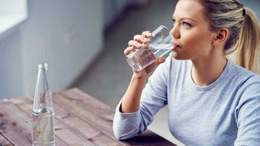importancia de tomar agua